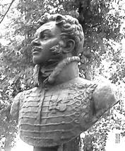 Денис Давыдов - памятник на могиле в Новодевичьем монастыре