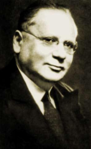 Литвинов Максим Максимович